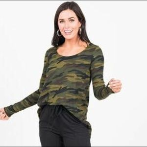 Everyday Tee L/S Camo, Baby Suede, S, NWT
